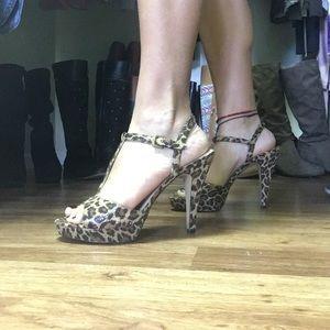 Leopard heels (size 8 1/2)